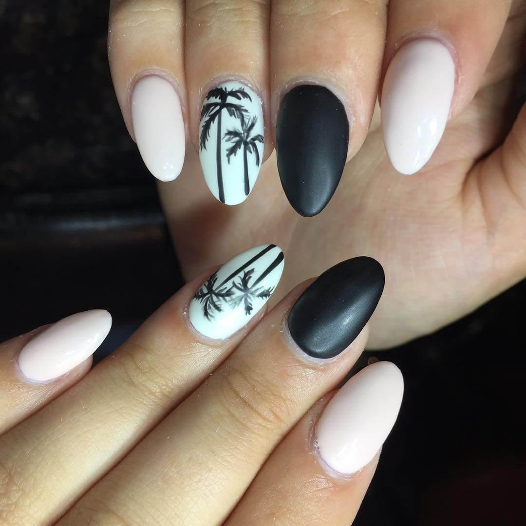 uñas con diseño de palmeras