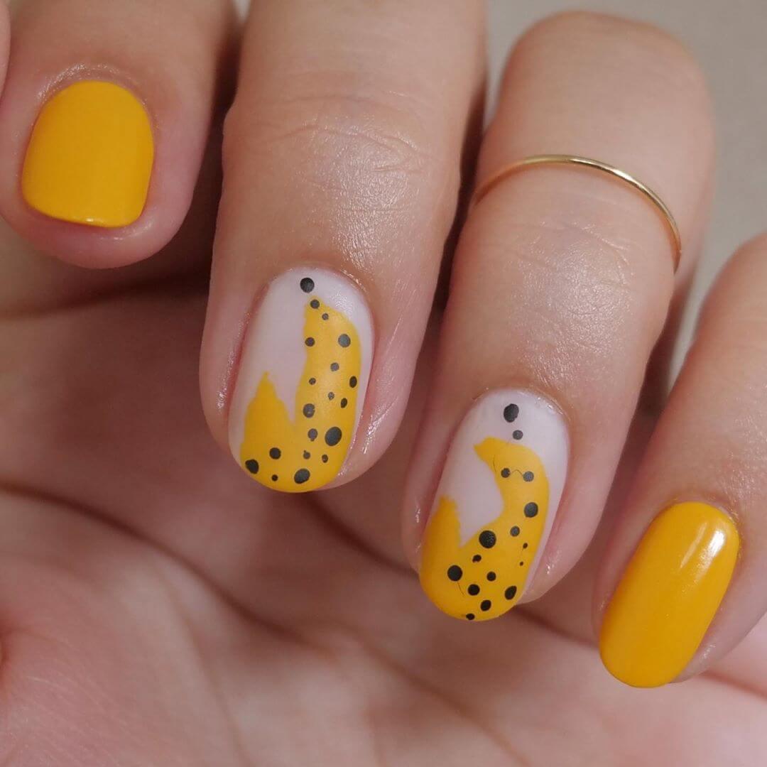 uñas decoradas amarillas para verano
