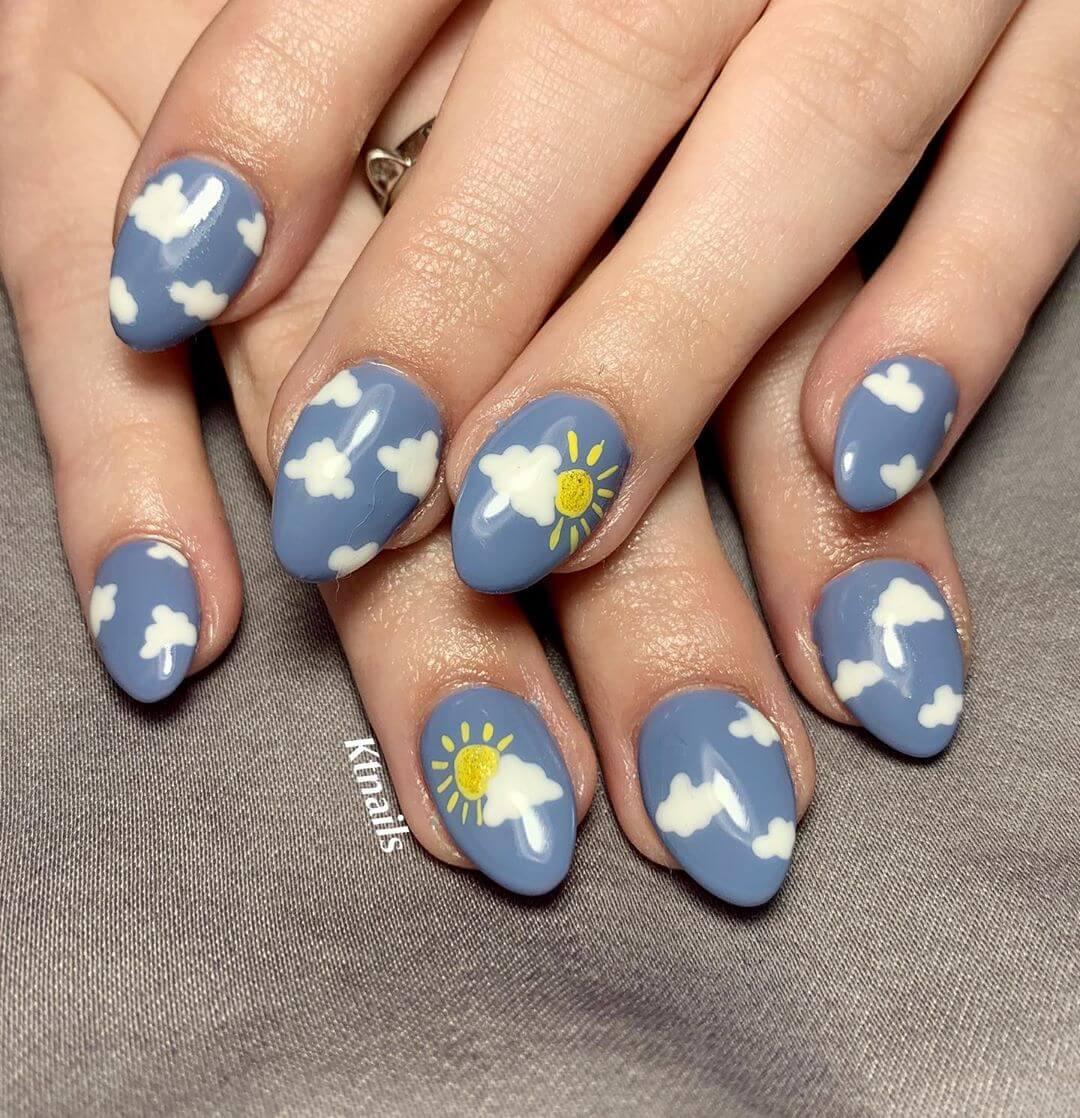 Uñas decoradas con nubes