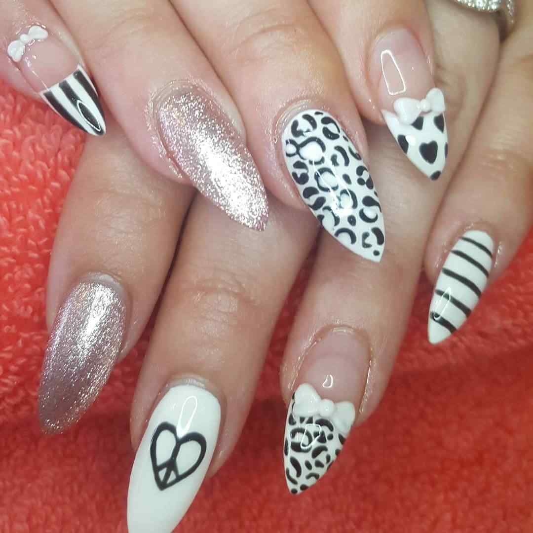 uñas animal print blancas largas