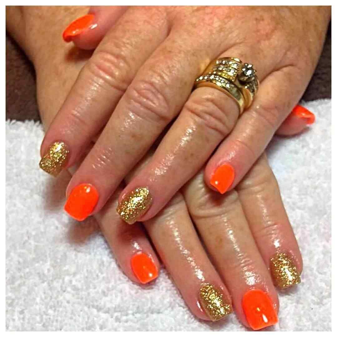 uñas decoradas naranja