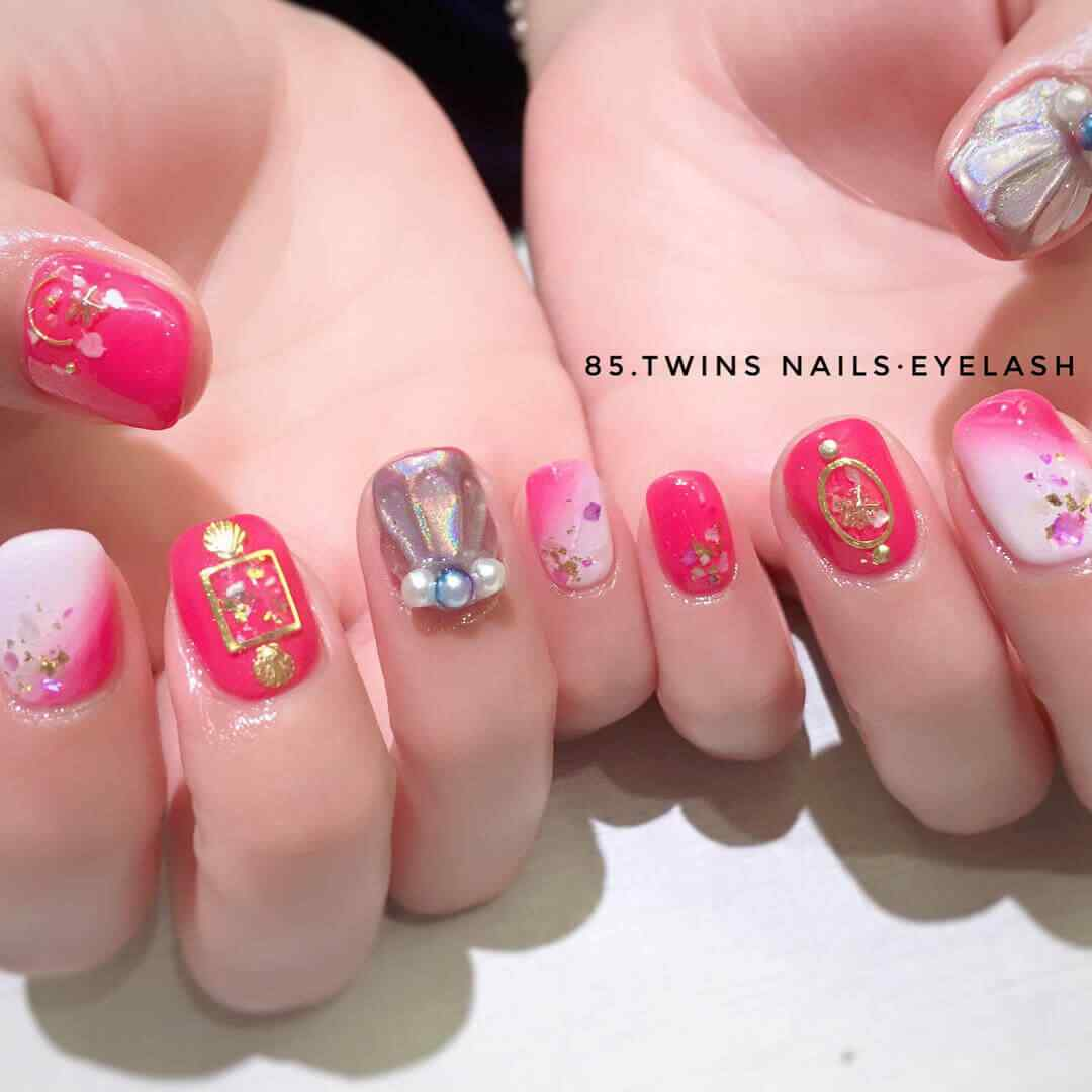 decoracion de uñas con accesorios