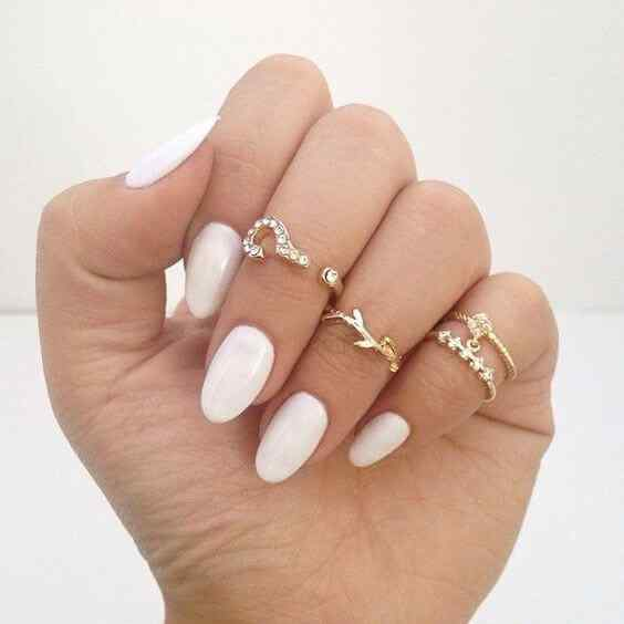 diseño de uñas ovaladas
