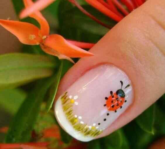 diseño de uñas redondas