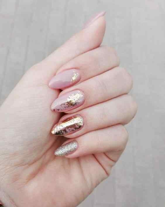 diseños de uñas almendra