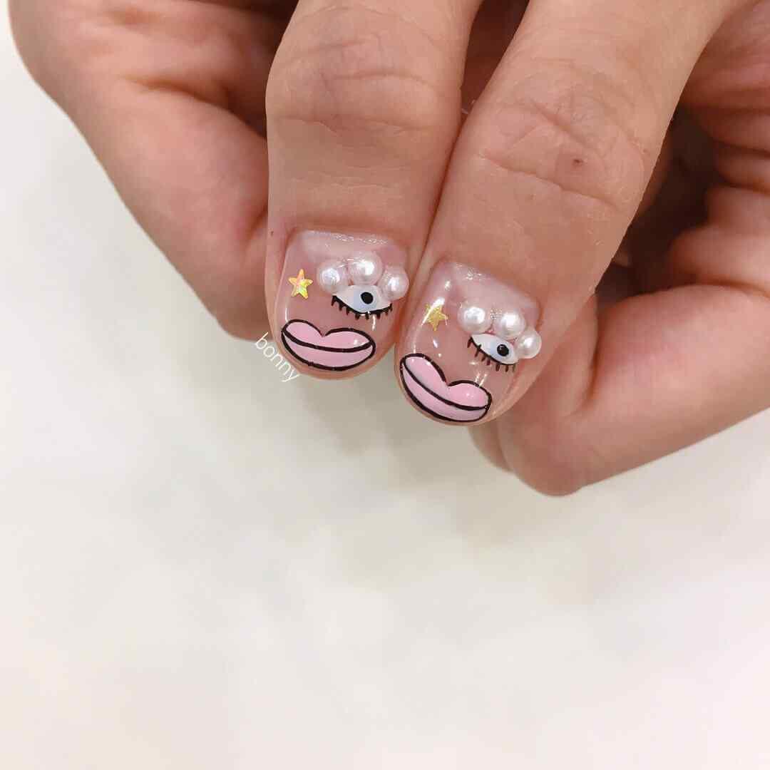 fotos de uñas con perlas