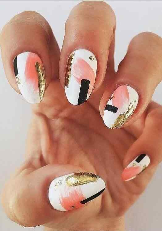 imagenes de uñas almendra