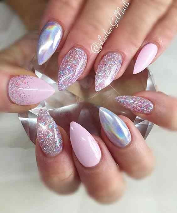 imagenes de uñas estilete