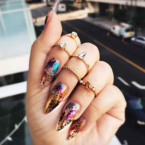 uñas decoradas stiletto