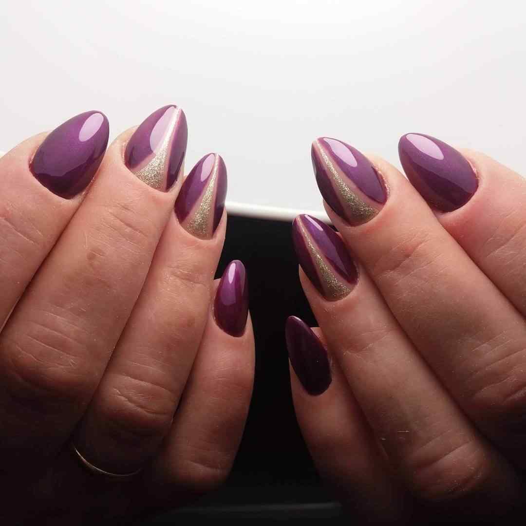 uñas violeta elegantes