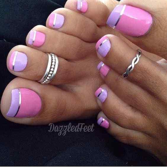 uñas violeta para el pie