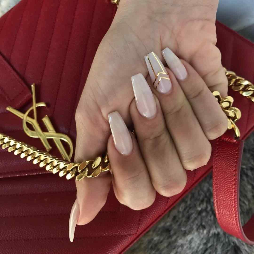 uñas  degradadas con cinta