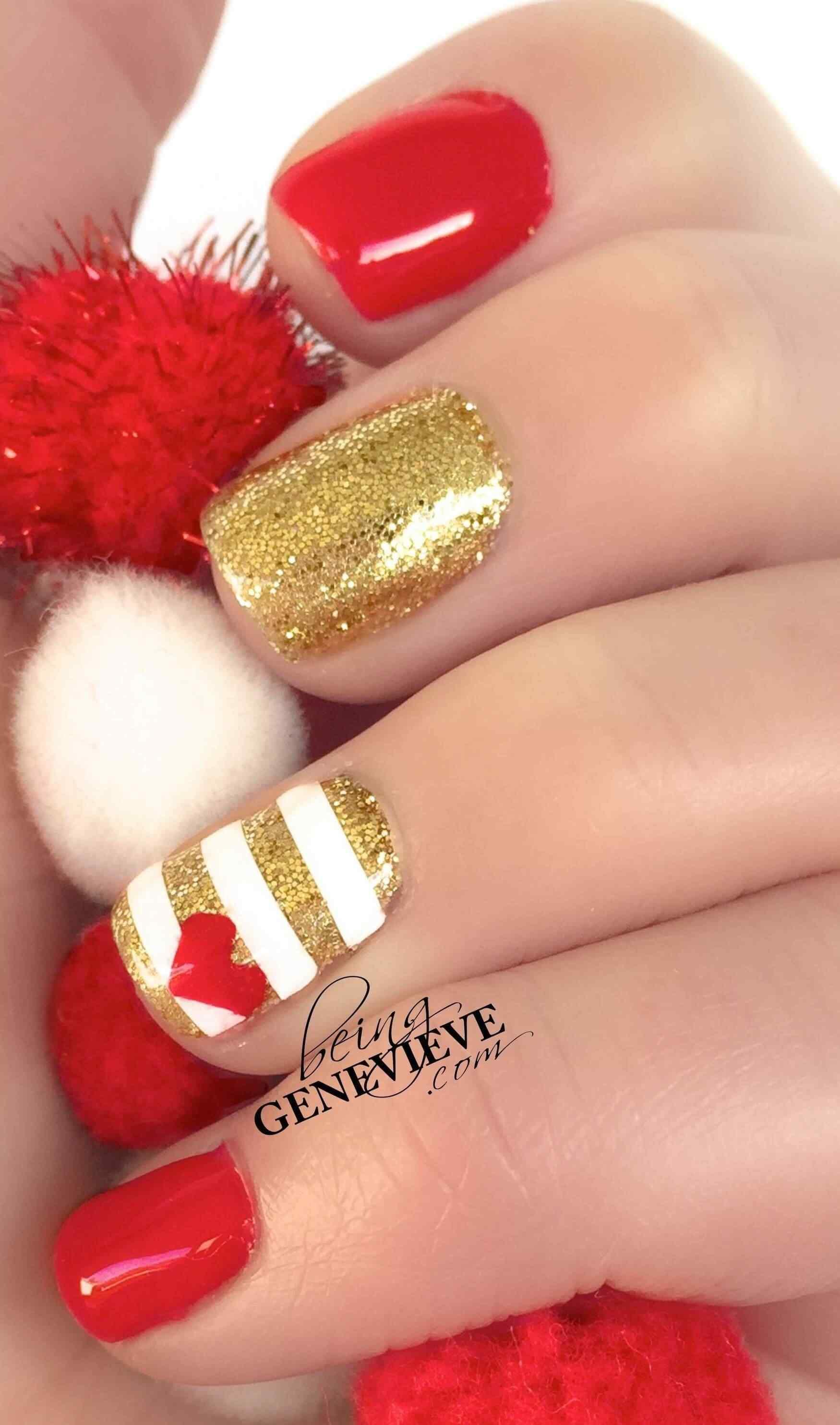 Rojo carmesí con dorado en las uñas