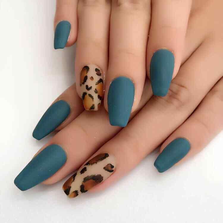 uñas bonitas de leopardo