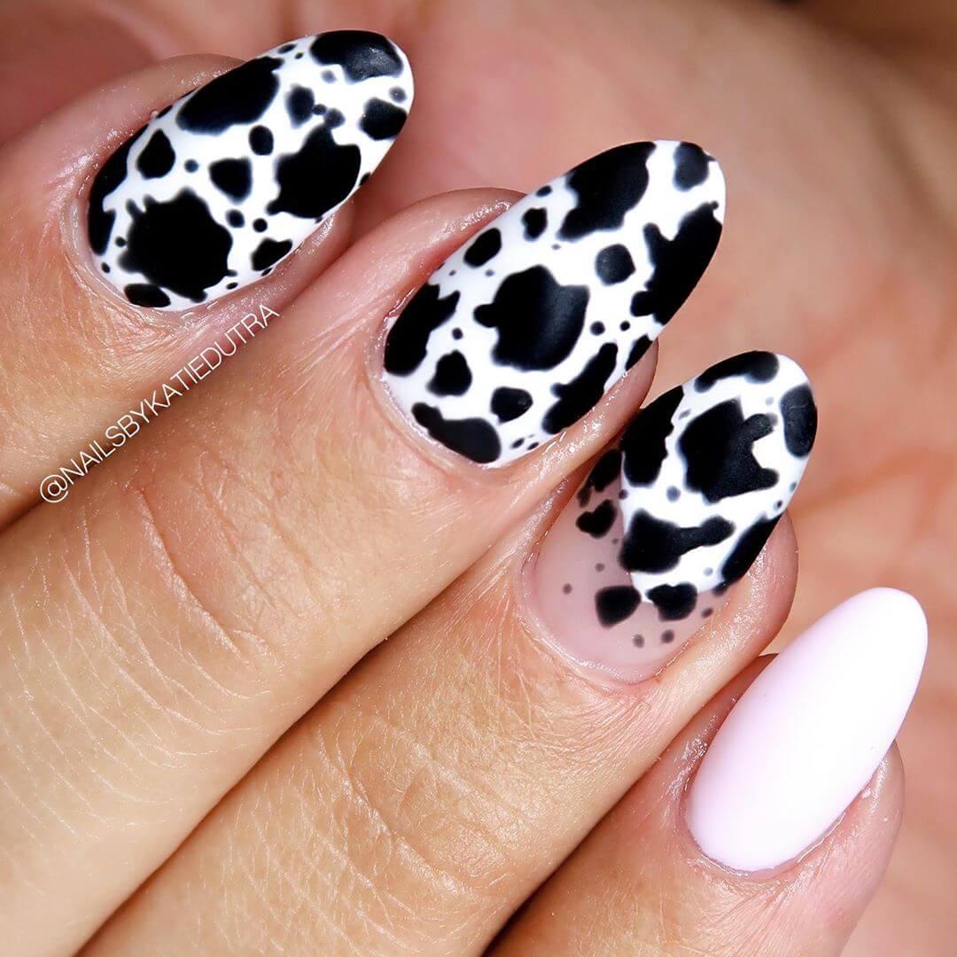 diseño de uñas estampado animal