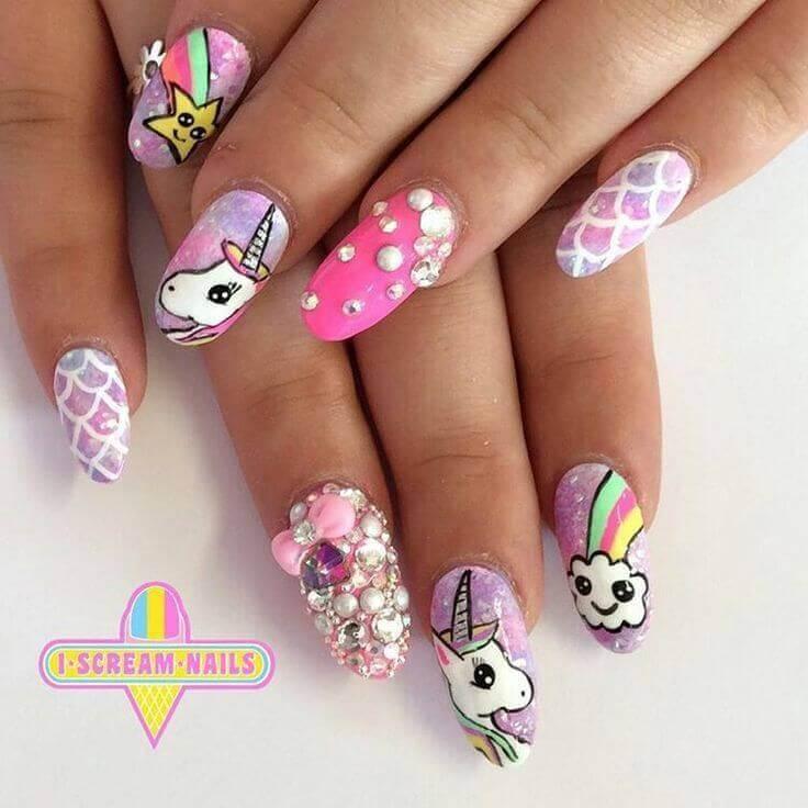 diseño de unicornio para uñas