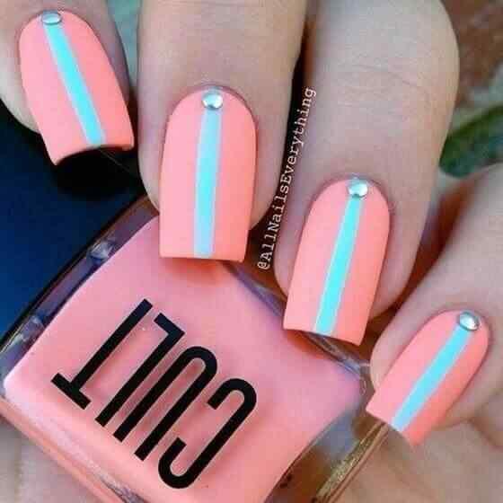 diseño de uñas acrílicas juveniles