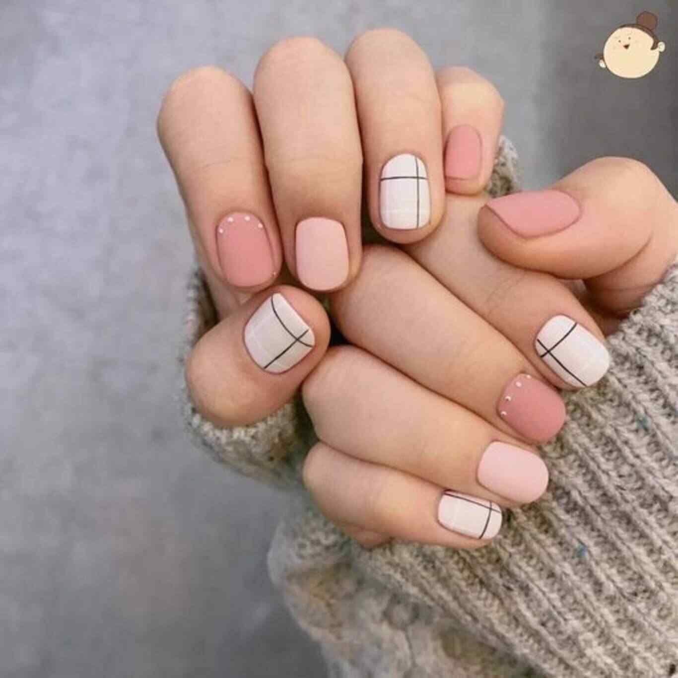diseño facil de uñas rosa palo