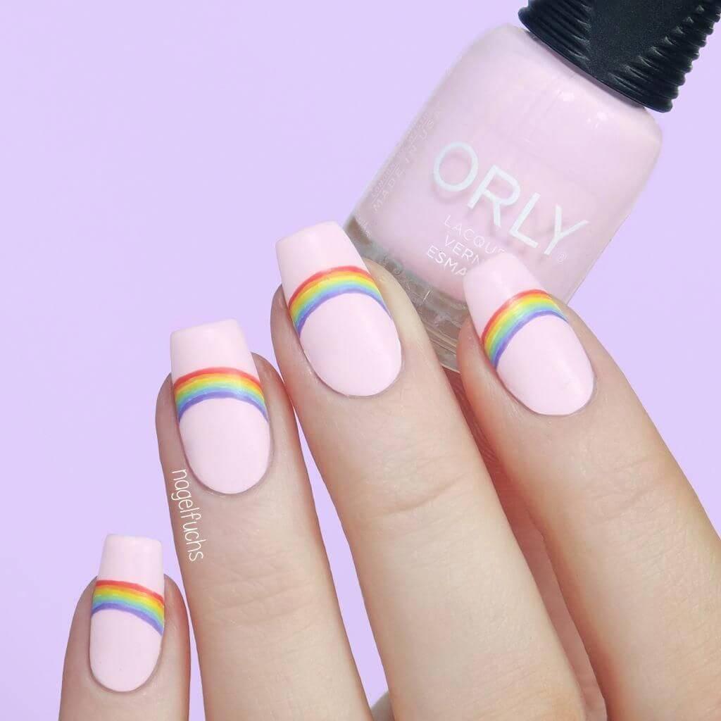 uñas para niñas diseño arcoiris