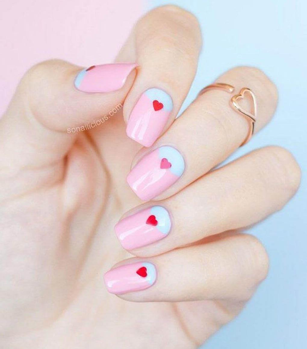 uñas para niñas diseño corazon