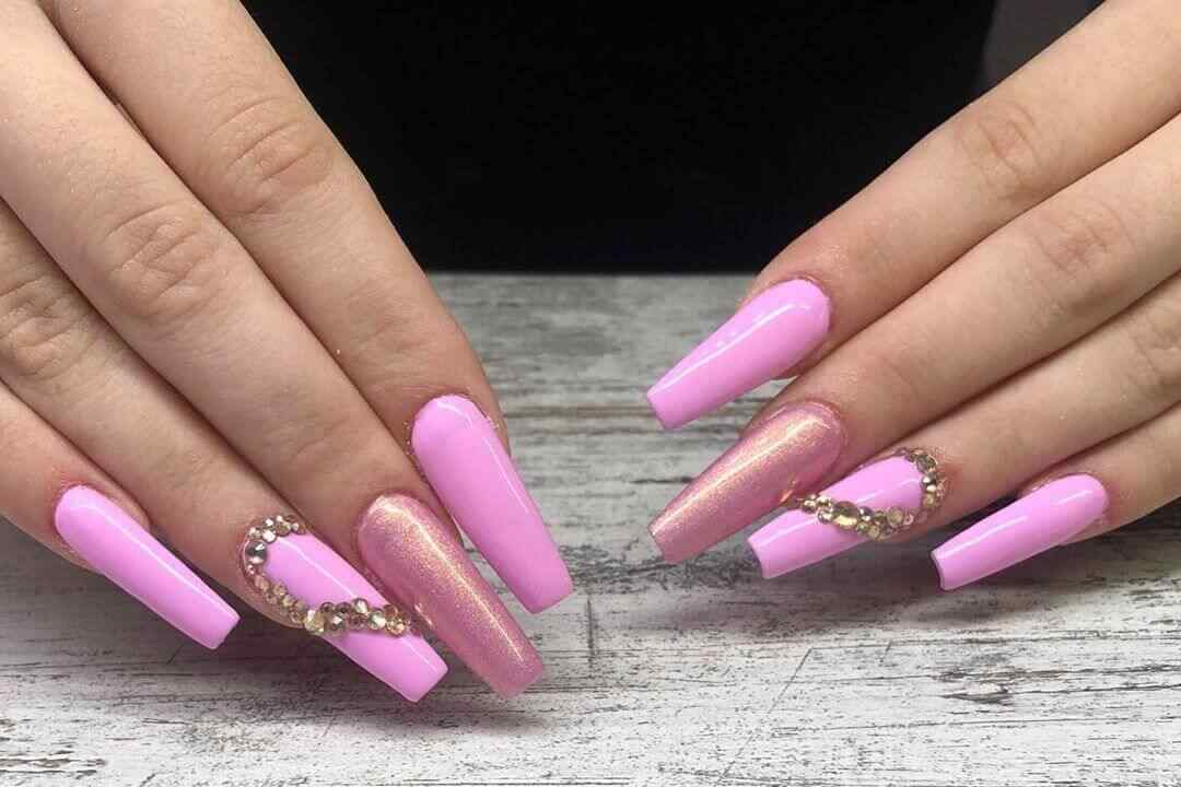 uñas acrilicas color rosa