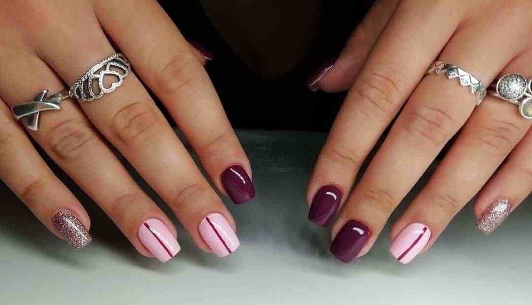 uñas color rosa con vino