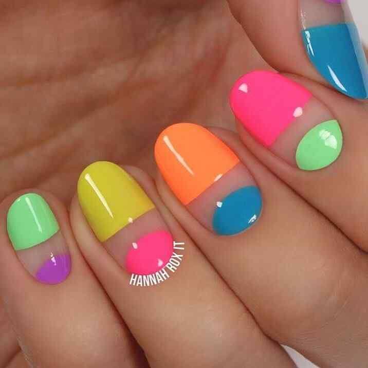 uñas colores fluo