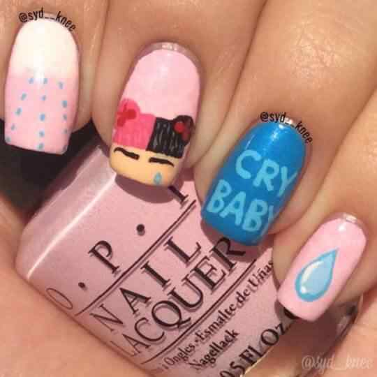 uñas kawaii Cry Baby