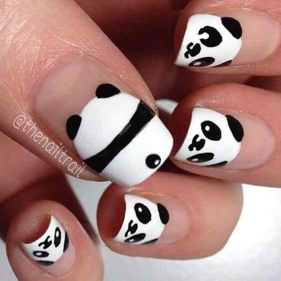 uñas kawaii oso panda