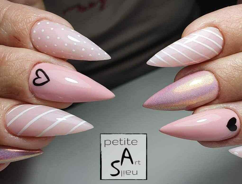 uñas stiletto en rosa palo