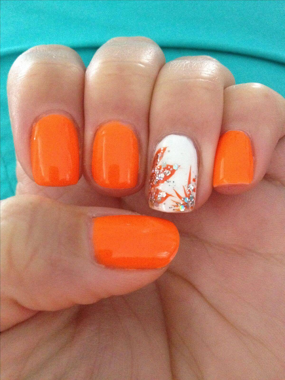 decoracion de uñas naranja otoño