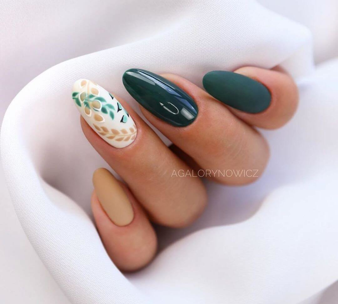 decoracion de uñas verdes con flores