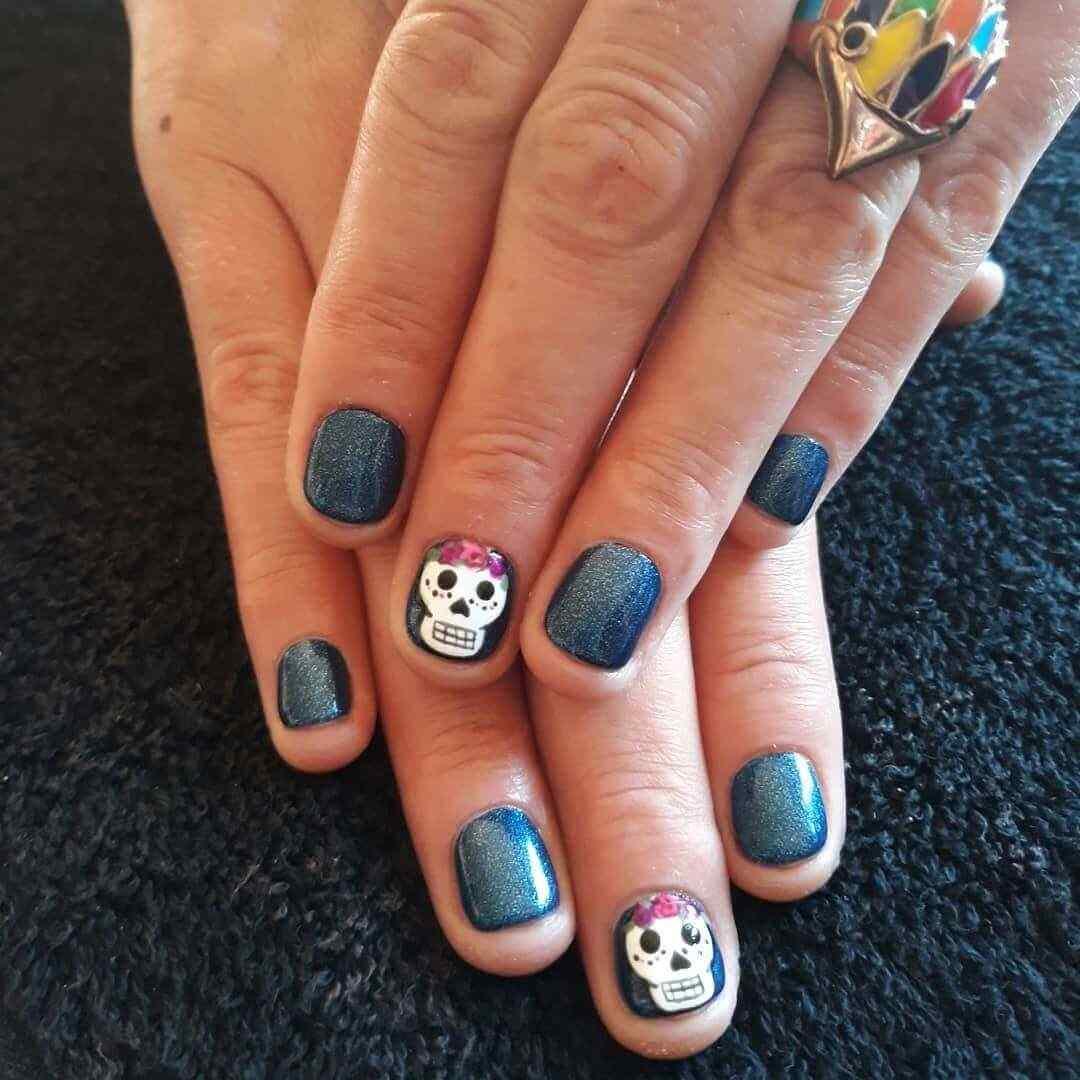 decoracion de uñas con catrina