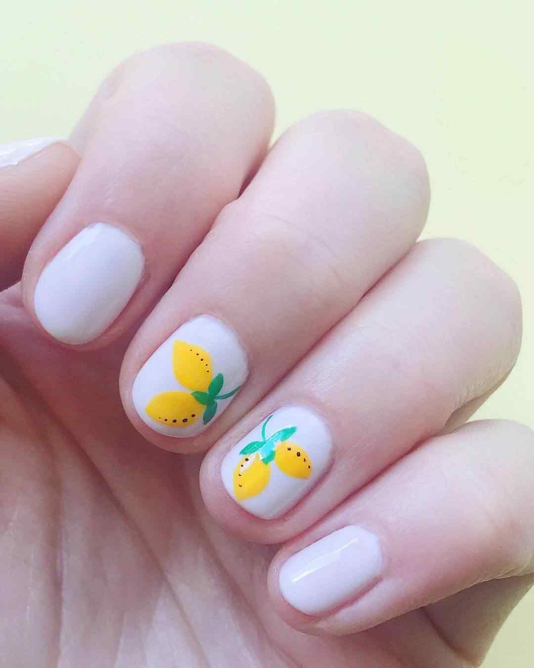 decoracion de uñas con limones
