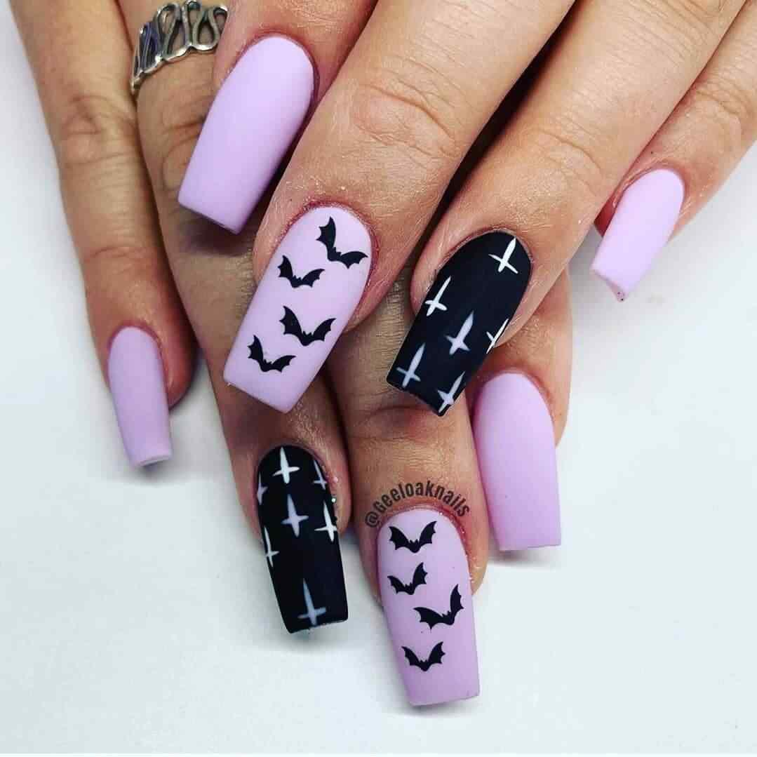 decoracion de uñas con muercielagos para halloween