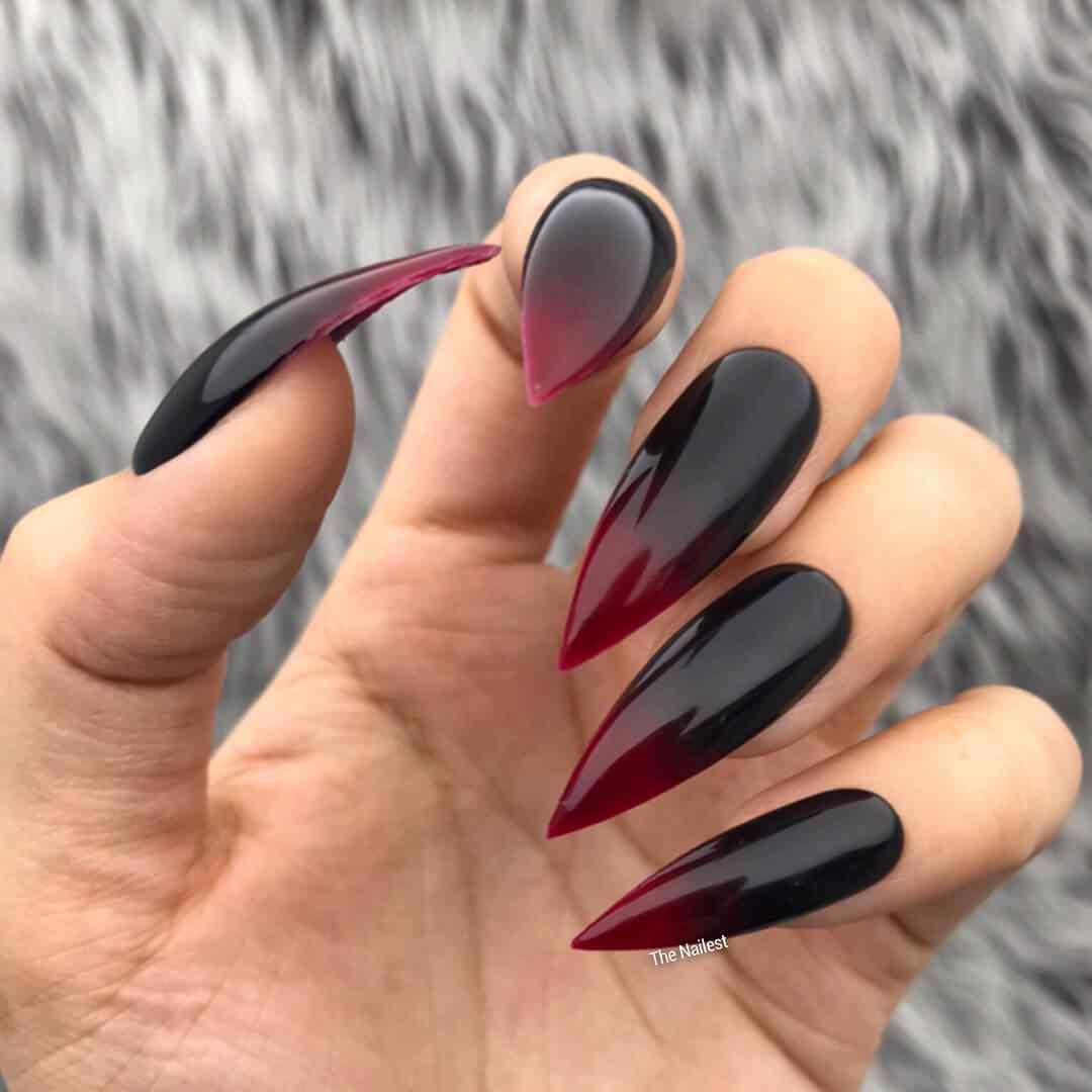 decoracion de uñas halloween vampiro