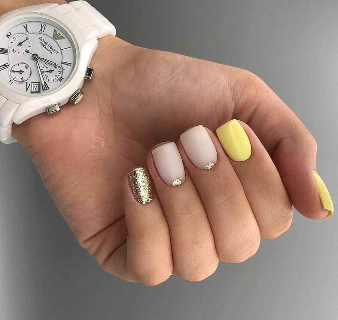 decoracion de uñas sencillas con colores