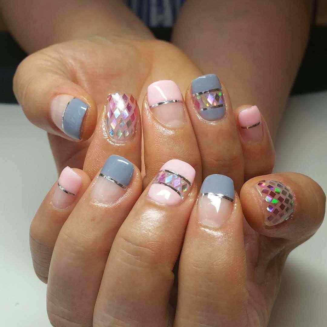 diseño de uñas bonitas en rosa y gris