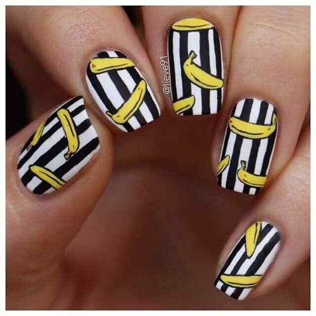 diseño de uñas facil con platanos