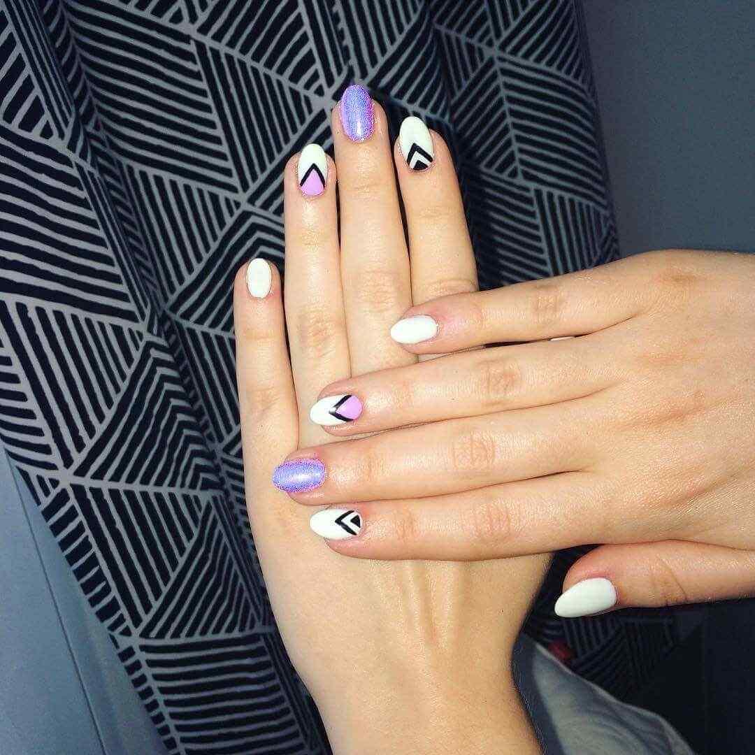 diseño de uñas facil triangulo