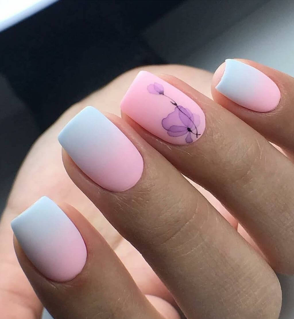 uñas blancas degradado a rosa