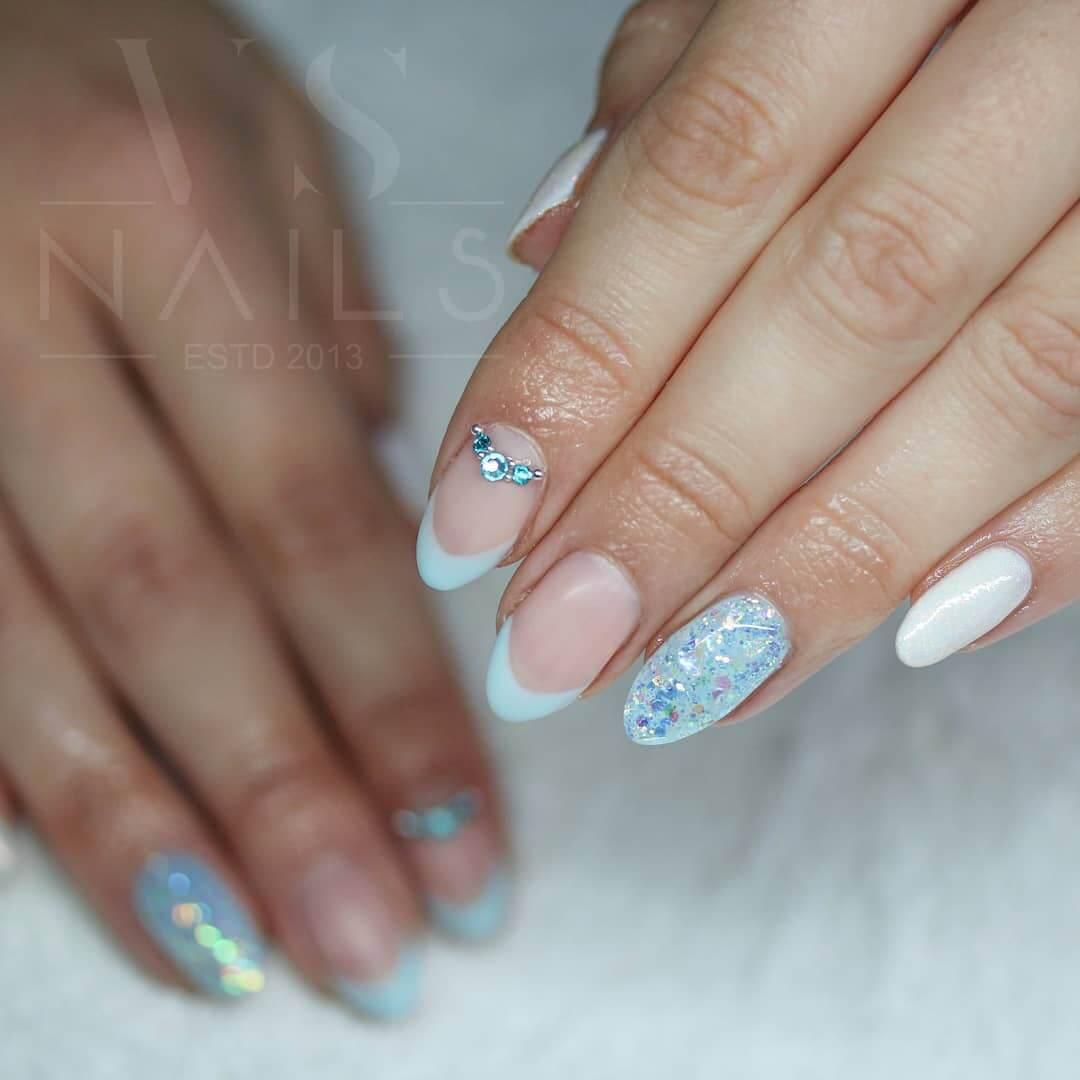 uñas blancas francesa para boda