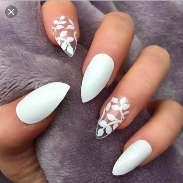 uñas blancas mate acrilicas