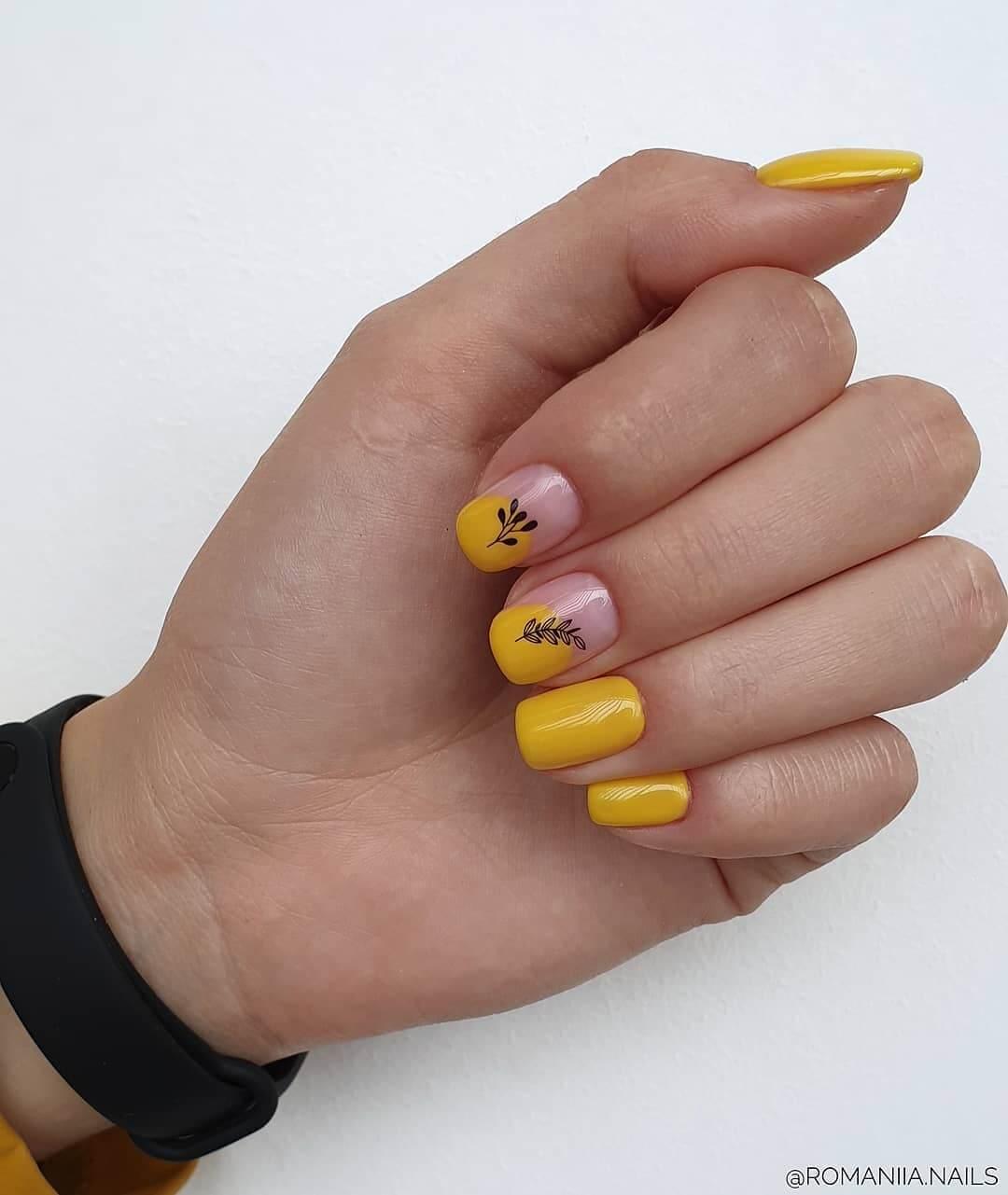 uñas sencillas amarillo mostaza