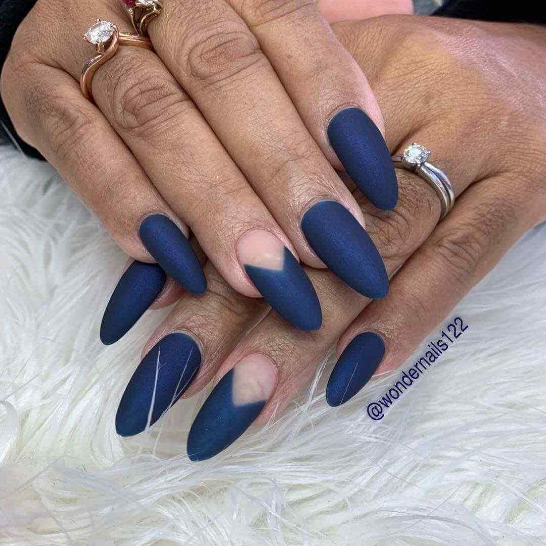 uñas azul mate