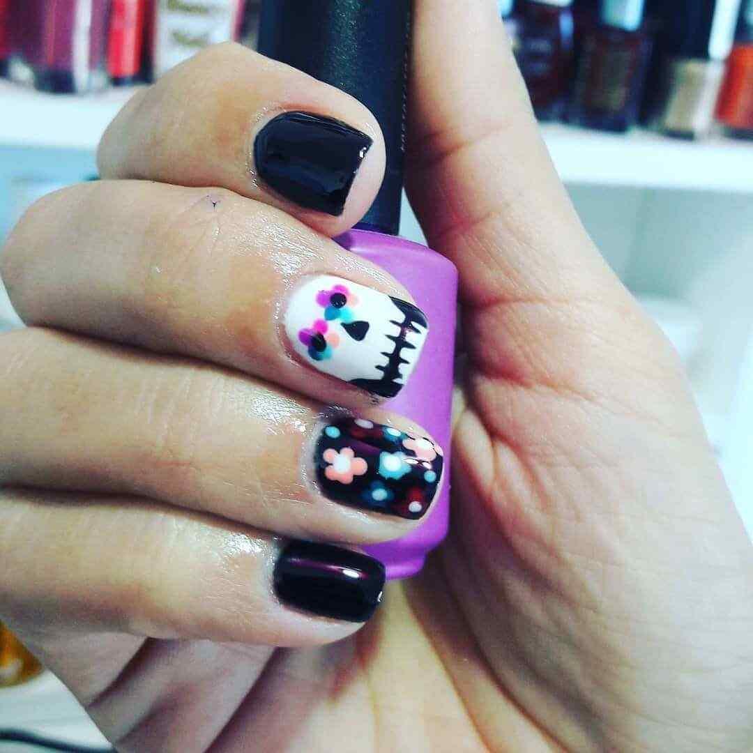 uñas decoradas con catrina