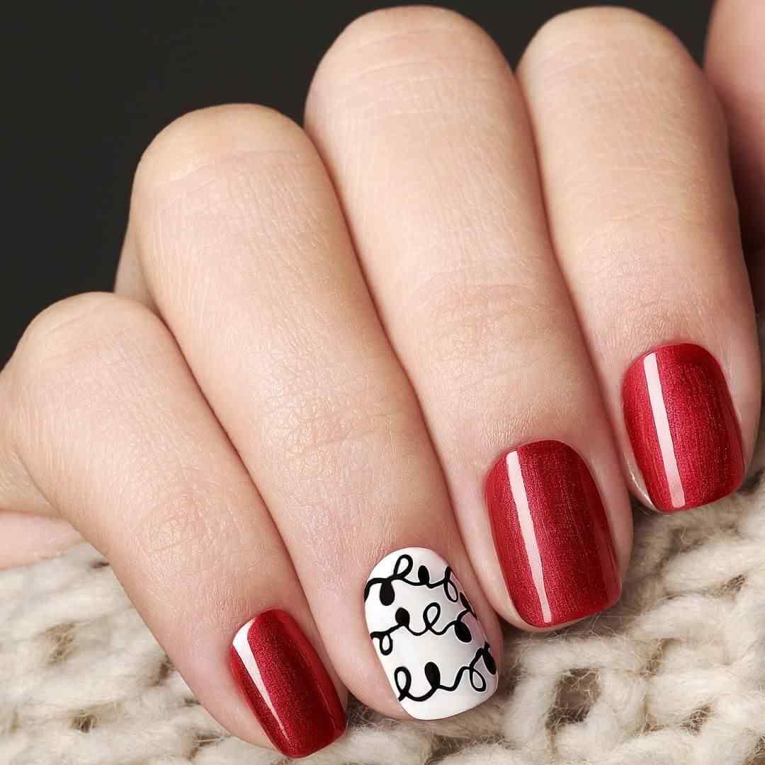 uñas navideñas decoradas en color rojo