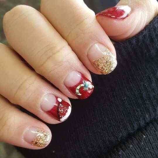 uñas rojas decoradas para navidad
