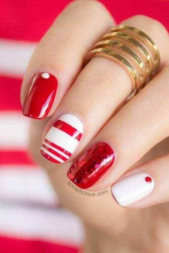 uñas cortas elegantes en rojo y blanco