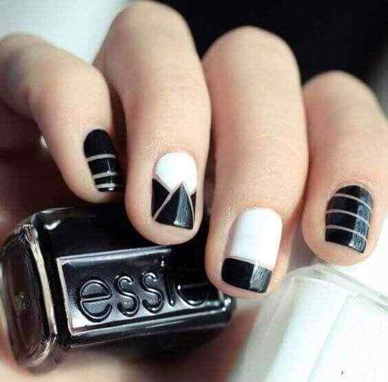 uñas cortas negras y blancas